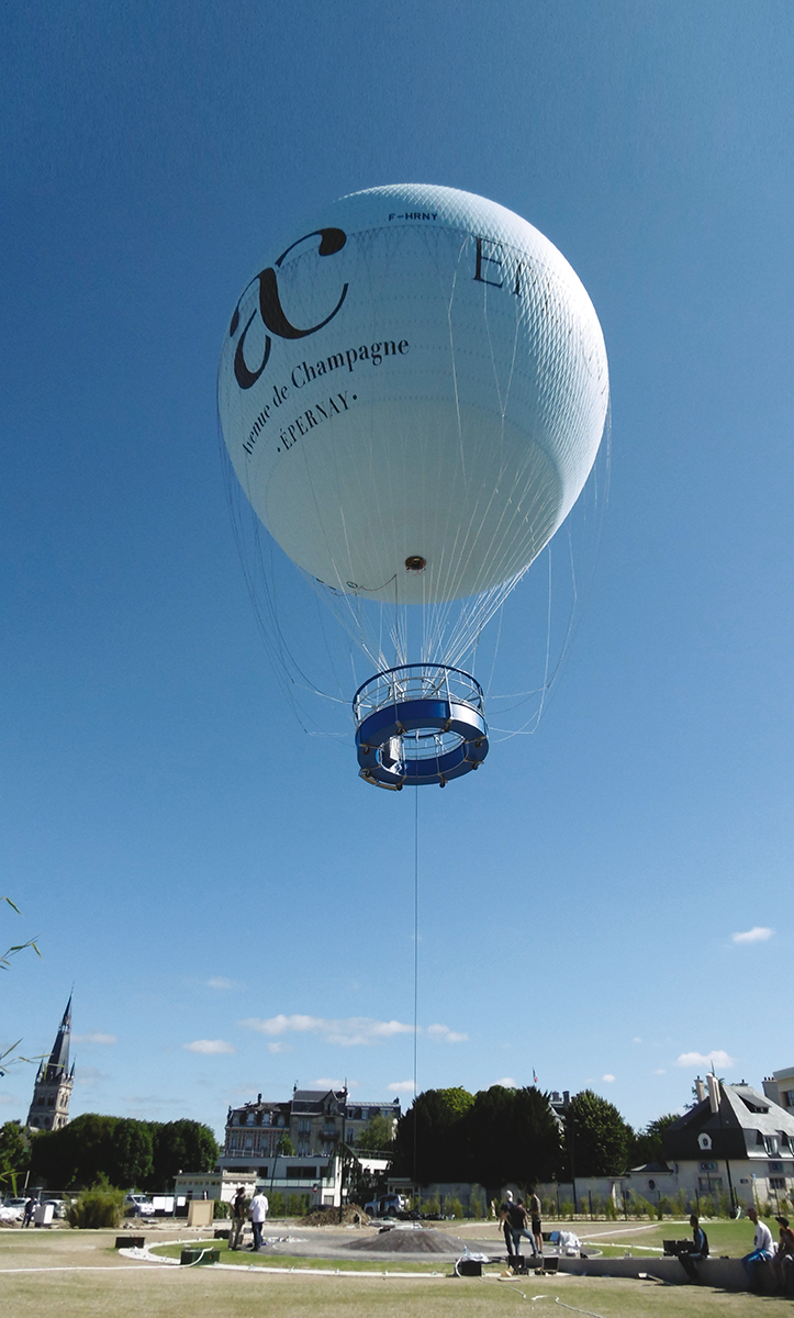 ballon dirigeable epernay